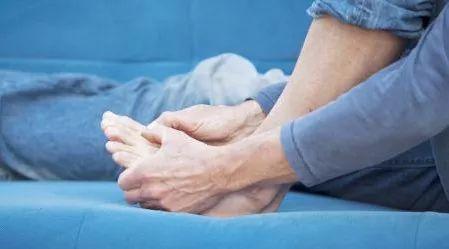 痛风吃什么药快速消肿止痛?三款进口痛风药分享